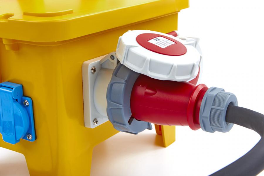 HBM 4 x 400 Volt en 2 x 230 Volt verdeelblok, Stekkerdoos - IP44