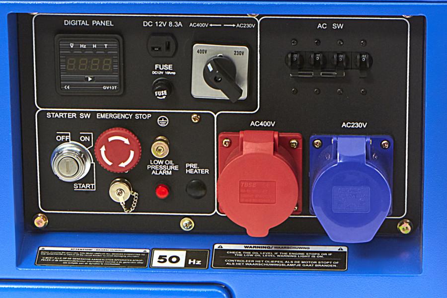 HBM 7900 Watt Standby Silent Dieselkrachtstroom Generator / Aggregaat