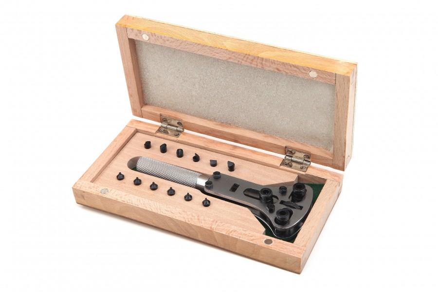 HBM Horlogekastopener model 1 in houten kist